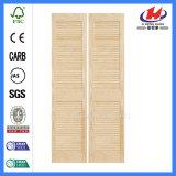 HDFによって形成されるカスタム内部の折れ戸を滑らせるための木製シャッター