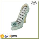 新製品の小型ハイヒールの靴の形の宝石類のリングの表示