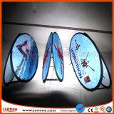 Qualidade superior de exposições uma forma uma estrutura exterior Banners