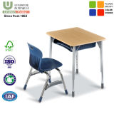 단 하나 학생 책상과 학생 의자 학교 가구