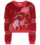 Kundenspezifische rote Samt-Umhüllungen-Form-mit Blumenbluse