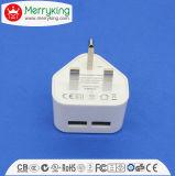 3 freie Beispielarbeitsweg USB-Aufladeeinheit der Stiftbritische Wand-Montierungs-5V 2100mA