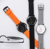 Bluetoothのカメラの美しいカップルの恋人のスポーツの電話人間の特徴をもつGPSスマートな腕時計