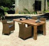 의자와 테이블 (J375R)를 식사하는 옥외 고리 버들 세공 안뜰 가구 발코니 등나무 숫돌 호텔 사무실