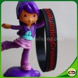 Kundenspezifisches Großhandelssilikon Wristband mit geprägtem gedrucktem Firmenzeichen