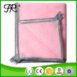 ピンクの携帯用屋外のキャンプのスリープの状態であるマットか毛布