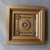 装飾的な防水低下PUの天井のタイルか円形浮彫りHnB022