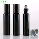 10ml en verre Noire UV rechargeables cosmétique Flacon de parfum d'emballage avec le rouleau sur l'huile essentielle vide flacon pour voyageur