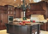 De Stevige Houten Keukenkast van de luxe met Eenvoudig Ontwerp