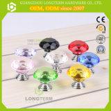 De in het groot Kleurrijke Groene Knop van het Kabinet van het Glas van het Kristal van de Vorm van de Diamant van 30mm