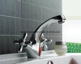 Classic Silver poignée double salle de bain Mélangeur du bassin en laiton