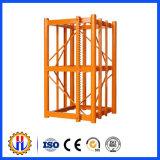 Constrution Maschine zerteilt Mast-Kapitel für Aufbau-Hebevorrichtung