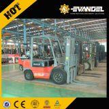 Carrello elevatore a forcale 2.5T della Cina YTO con il prezzo del motore dei NISSAN