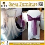 Faixas coloridas da cadeira do cetim da curva da decoração da cadeira