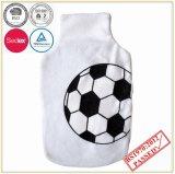 Bottiglia di acqua calda di qualità delle BS con il coperchio del panno morbido di disegno di gioco del calcio