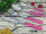 Poignée en plastique coloré 16pcs Ensemble de couteaux
