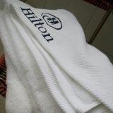 In het groot Hotel Exquisitequality/Badhanddoek Home/SPA