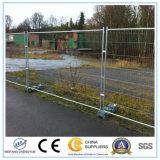 Сваренная строительной площадкой временно панель загородки