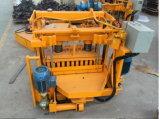 Подвижные портативных мобильных кирпича машина для формовки бетонных блоков Qt40-3A