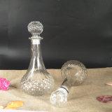 El vino en forma exclusiva la botella de cristal de vidrio con tapón de corcho