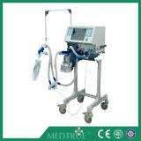 CE/ISOの公認の熱い販売の医学の換気装置機械(MT02003101)