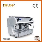 전기 상업적인 에스프레소 커피 메이커 기계 240의 컵
