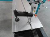 목제 목공 기계 절단 도구는 기계가 미끄러지는 테이블 보았다는 것을 보았다