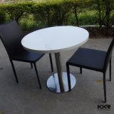 Tabelle di superficie solide del marmo rotondo bianco della resina con le presidenze