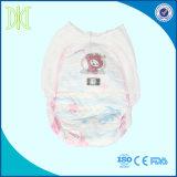 Baby-Windel-Wegwerfbaby-Hosen hochziehen