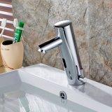Flg Auto Capteur tactile Appuyez sur le pont du bassin de la salle de bains de robinet monté