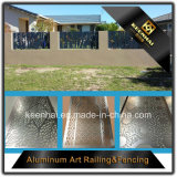アルミニウム塀のパネルを切り分ける庭の機密保護の柵