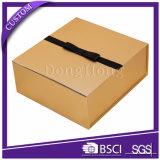 Коробка подарка роскошного картона золота бумажная складывая с черной тесемкой