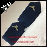 Les hommes vendent les cravates de qualité tissées par soie de 100%