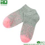 Спорт носки лодыжки оптового хлопка изготовленный на заказ