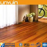 Étage en bois de vinyle de PVC de surface de qualité
