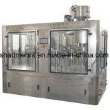 una variedad máquina de rellenar de la bebida de la botella