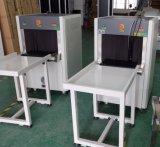 Usando banco pequeno saco de raios x e o Detector de Metais Security Scanner SA5030A