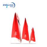 Мешок красного бумажного подарка ювелирных изделий упаковывая с умирает ручка отрезока