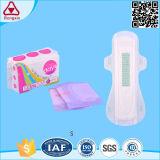 Dame de serviettes sanitaires Fournisseur, tampon sanitaire de la Turquie des serviettes hygiéniques prix d'usine