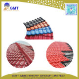 PVC+PMMA/ASA färbte glasig-glänzenden Dachridge-Fliese-Produktionszweig