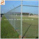 """4 """"網PVC上塗を施してある庭の塀のチェーン・リンクの塀"""