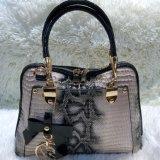 Handbagワニの女性新式の女性のショッピング・バッグの余暇PUは安い価格Sh246を袋に入れる