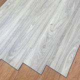 Vinyle PVC Indoor-Use Lvt Cliquez sur les planches de revêtement de sol