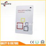O PVC/Pet tamanho ISO do cartão magnético para o sistema de bloqueio da porta do hotel