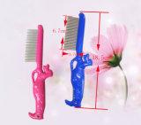 Peine plástico de los piojos de la pulga del animal doméstico para la limpieza del animal doméstico