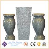 De Vaas van de Bloem van het graniet voor Grafsteen en Monument