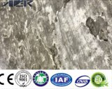 PVC大理石の穀物の皮および棒のビニールの床タイル