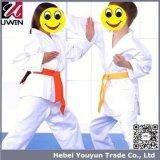 De Uniformen van de Karate van de opleiding