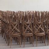 Venda a quente Banquete Popular China Cruz de madeira X cadeiras de banco de vime para trás