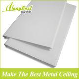 Los paneles de techo de aluminio de la tira para proyectos de construcción